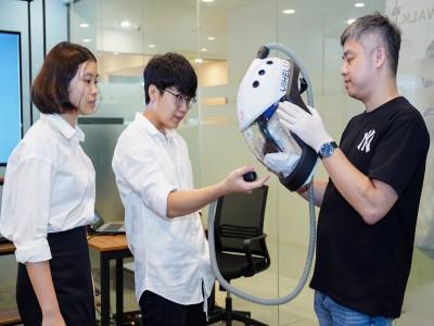 Mũ chống dịch Vihelm - Học sinh Việt sáng chế mũ ngăn nCoV